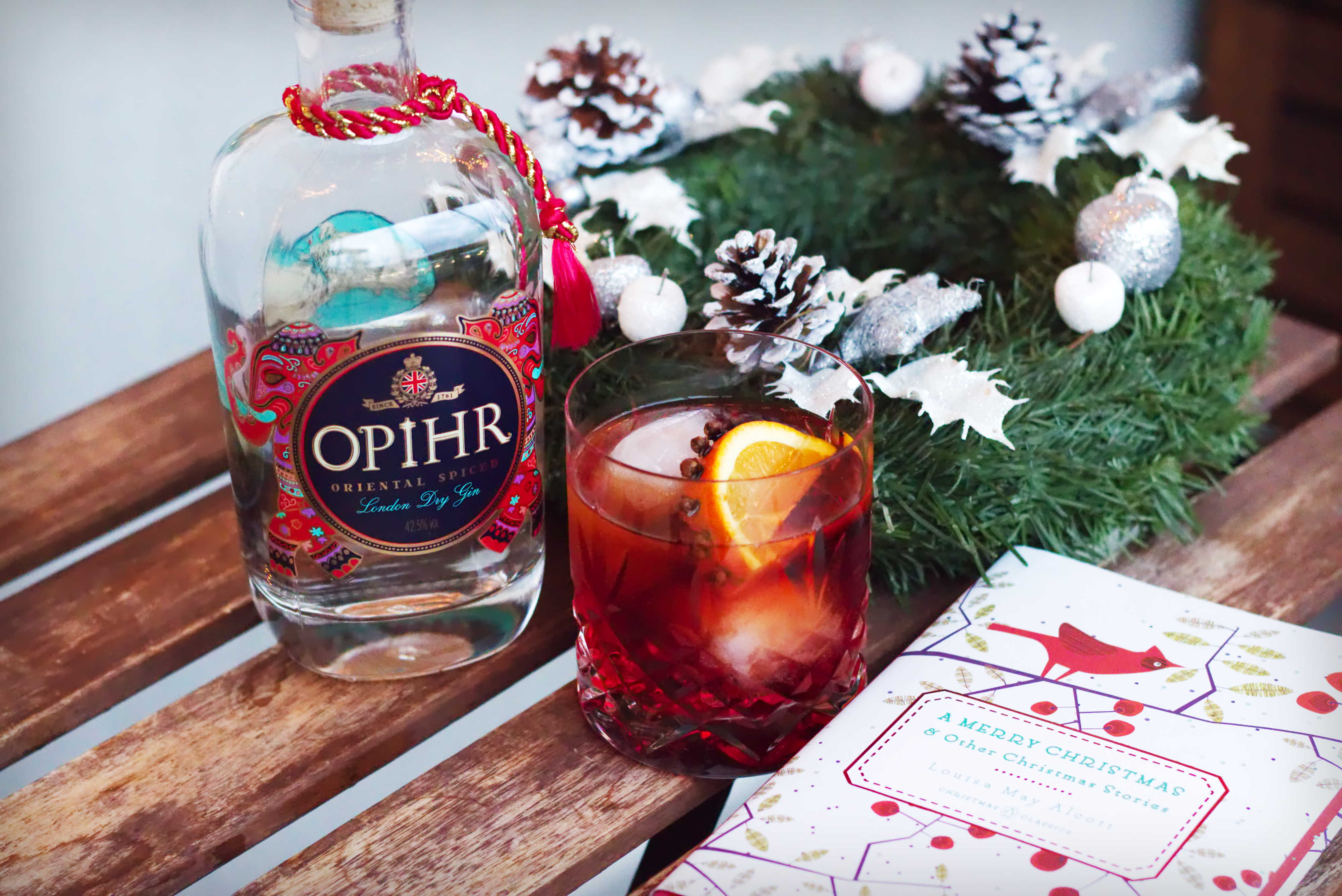 Christmas Negroni with cloves, orange and Opihr Gin